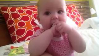 Baby Saar klap 's in je handjes - 6 mnd