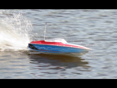 Formula Fastech Electric Boat and Go Pro Hero Cam Gone Wild