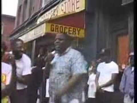 Biggie Smalls. Freestyling On a Brooklyn Street Corner