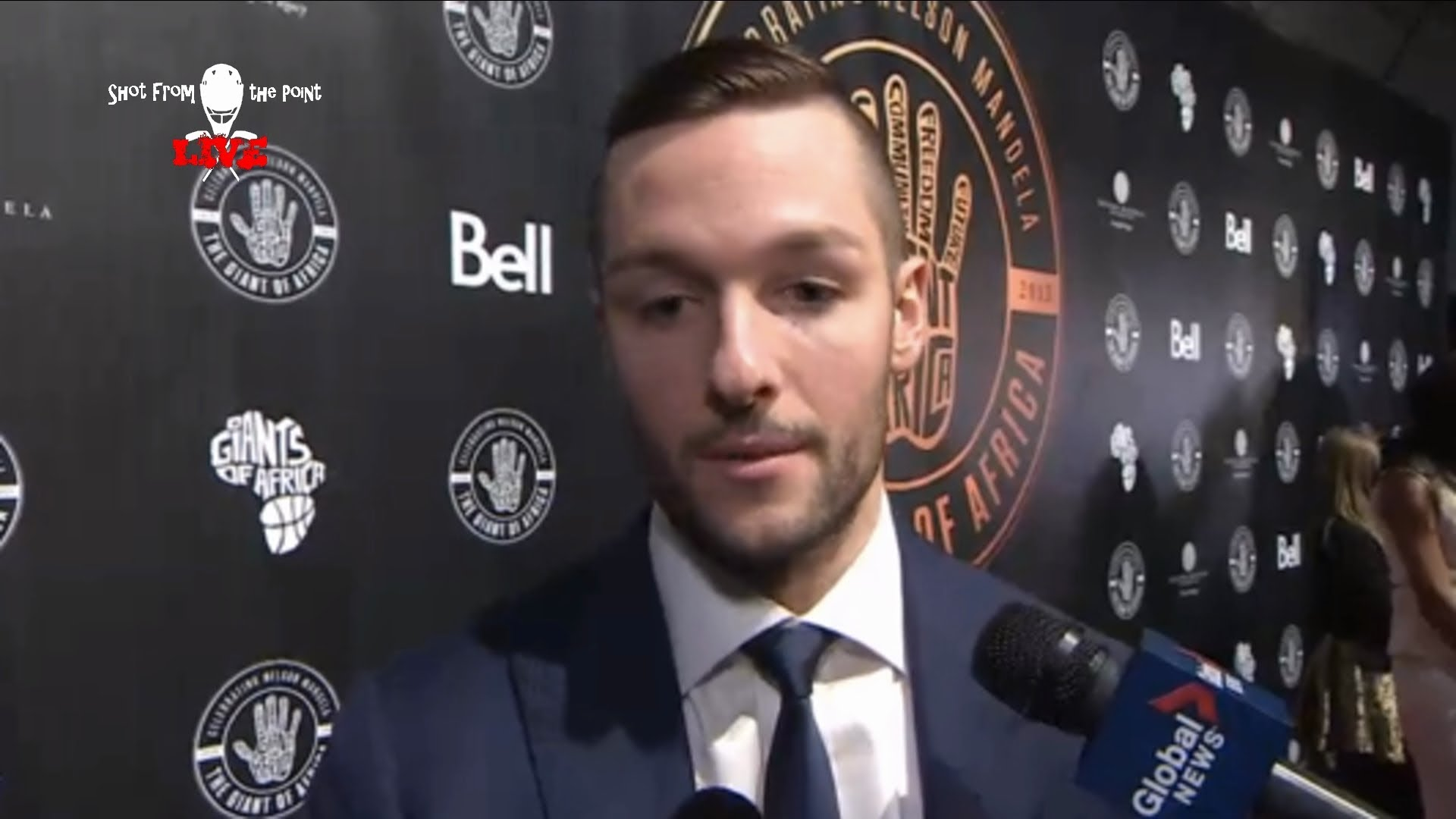 Maple Leafs re-sign Jonathan Bernier for $8.3M