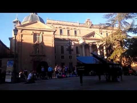 Piano libre en la Plaza de Anaya, Salamanca
