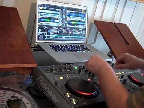 TESTING THE PIONEER DDJ-T1 CONTROLLER FOR TRAKTOR PRO 2