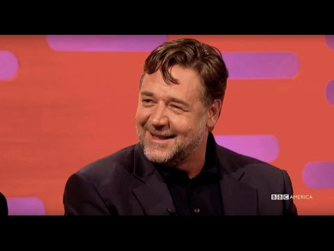Michael Jackson Used to Prank Call Russell Crowe - The Graham Norton Show