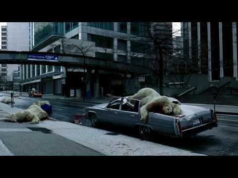 Jegesmedvék hullanak az égből