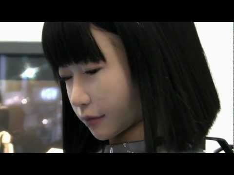 Amazing Beautiful Lifelike Robot Girl at Tokyo International Robot Exhibition Nov 2011 1692