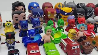 PRO Toys and Learn whith Kid Gekko of PJ Masks wears mask from wooden box for kids