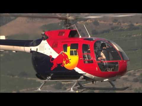 ヘリコプターの凄い曲技飛行!