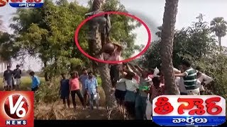 Funny Fight For Toddy Water On Dussehra Festival Day | Teenmaar News