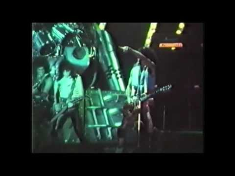 KISS [ Lisbon 10/11/83 ] Creatures Of The Night / Detroit Rock City