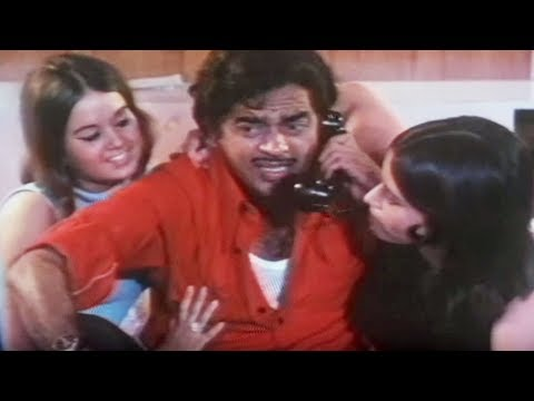 Shatrughan Sinha Gaai Aur Gori - Scene 220