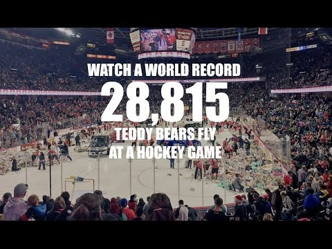 2015 CALGARY HITMEN TEDDY BEAR TOSS HOCKEY GAME: WATCH 28,815 TEDDY BEARS FLY