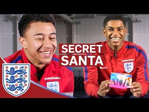 Rashford: Jesse has the Nastiest Toenails!! | Lingard & Rashford | Secret Santa