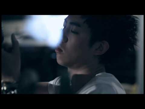 謝和弦 『寂寞瘋了』Official Music Video