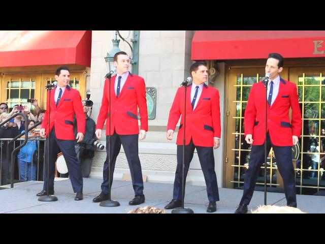 """Jersey Boys"" Perform to Honor Frankie Valli and The Four Seasons"