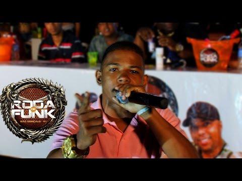 MC Vitinho :: Ao Vivo: V�deo especial de 2 anos de Roda de Funk :: Full HD