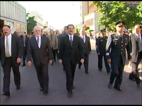 16-09-2009 Presidió la ceremonia en honor a Don Miguel Hidalgo y el desfile Cívico Militar.