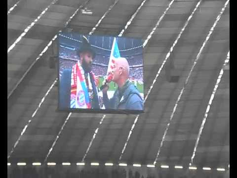 "Adam Harold Sings ""Stern des Südens"" live at Allianz Arena"