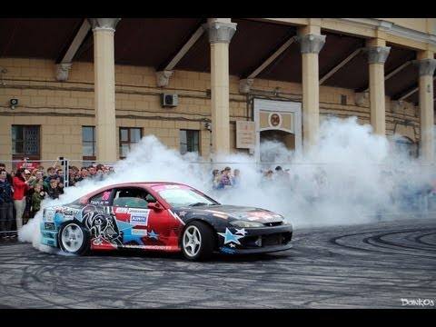CRAZY DRIFT-MAN TEАRS THE TIRES on his Nissan Silvia S15!