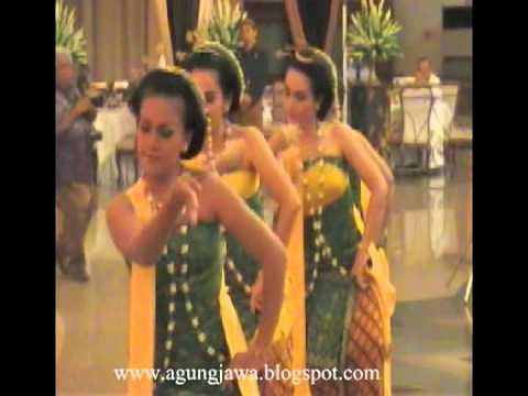 Tari Gambyong Banyumasan Tari Gambyong Parianom