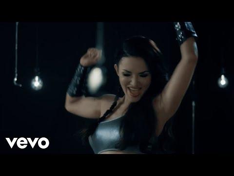 Emii Wait pop music videos 2016