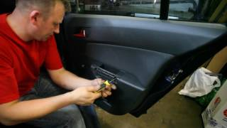 Astra Vauxhall  (Opel Astra H) Disassembly door