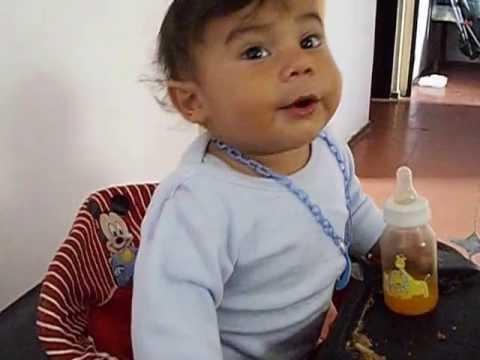bebe de 9 meses discute con su papá
