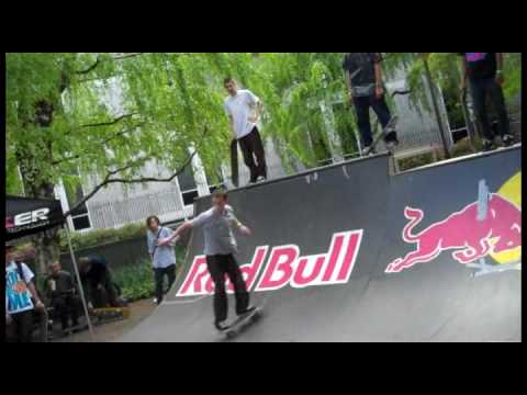 Skaters invade Temple University