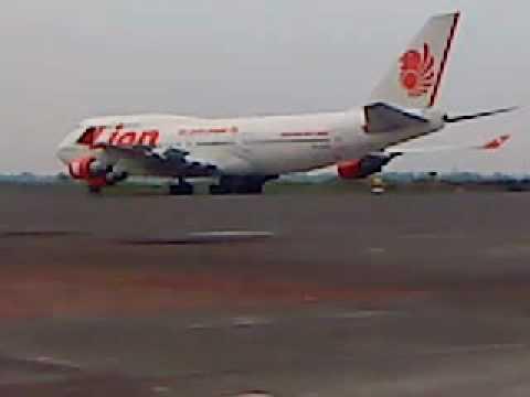 Pesawat Indonesia Pertama Pertama Pesawat Boeing 747