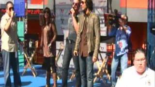 Jencarlos Canela, Gaby Espino y Miguel Varoni en Univerdal City Walk Part 1 - Hollywood CA