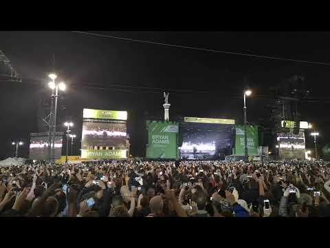 Bryan Adams Hősök tere koncert