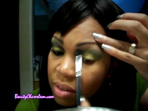 Makeup Tutorial: MAC StarFlash Collection Using Rated R & One Off