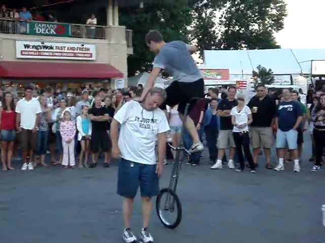 Unicycle Juggler - Summerfest 2010