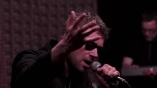 "Gorillaz - ""Saturnz Barz"" (Live at WFUV)"