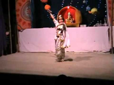 Apsara Aali video