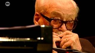 Toots Thielemans - The dolphin - Toots 90 21-10-12 HD