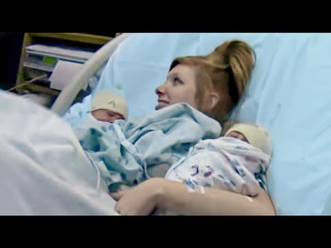 Natural Labor & Delivery of Twins! thumbnail