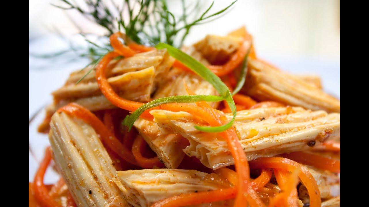 Салат из фунчозы с тунцом пошаговый рецепт с