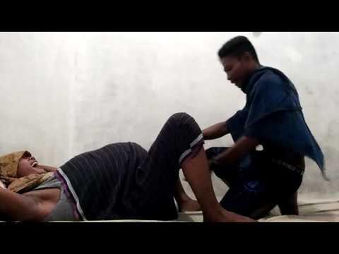 Video kocak laki laki melahirkan
