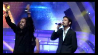 WHY THIS KOLAVERY DI SONG LIVE BY DHANUSH IN DUBAI