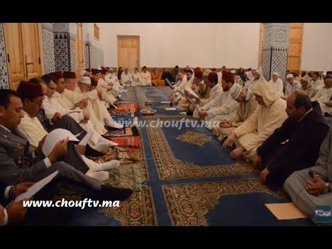 أجواء روحانية من قلب مساجد طنجة ليلة ذكرى المولد النبوي