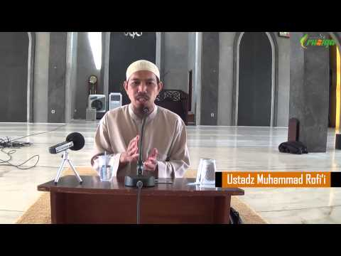 Ust. Muhammmad Rofi'i - Larangan Merayakan Natal Dan Tahun Baru