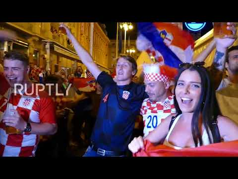 Croatia: Party time in Zagreb after victory over Russia thumbnail