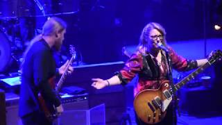 "The Tedeschi Trucks Band, ""I Pity The Fool,"" with epic Susan solo 12/2/2017, Boston, MA"