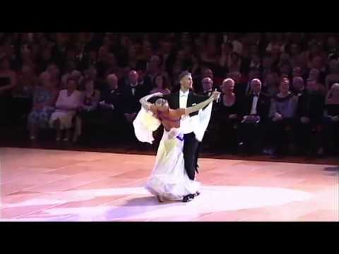 Blackpool 2010 Ballroom Dancing Pro Final - Waltz video