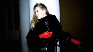 Alice in red latex gloves