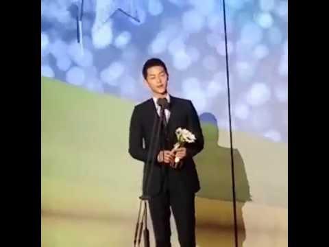 161002 송중기 송혜교 Song Joong Ki Song Hye Kyo Won Best Couple Award 2016 APAN Star Awards