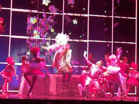 Hello Kitty The Show - Clip