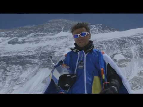 Everest BASE jump da record – per festeggiare 60 anni dalla prima scalata