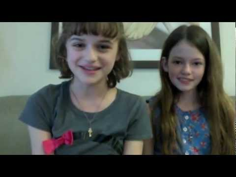 Joey King & Mackenzie Foy -- Animal Buddy Manicures!