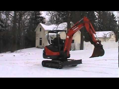 2009 Kubota KX71-3  Mini excavator  W/ hyd. thumb  LOW  1200hrs